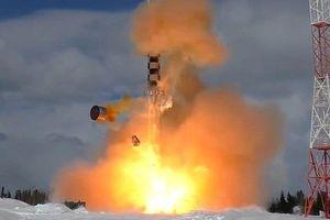 Nga thử động cơ tên lửa thất bại: Thiết bị nổ tung, chuyên gia văng xuống biển