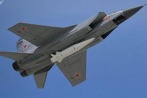 Nga lần đầu khoe uy lực tên lửa siêu thanh Kinzhal trước công chúng