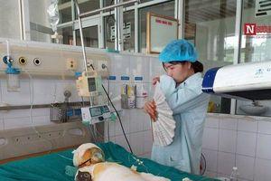 Vụ 3 trẻ mầm non bị bỏng cồn nặng ở Hà Nam: Tiết học kỹ năng sống nằm trong chương trình của Bộ