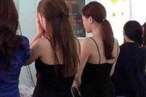 'Má mì' 8X điều chân dài bán dâm 130 USD cho khách ngoại