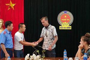 'Chặt chém' khách du lịch nước ngoài, lái xe taxi Việt Kiều bị phạt 9 triệu đồng