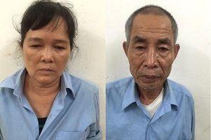Khởi tố tội danh chống người thi hành công vụ với 2 người ném cát vào công an