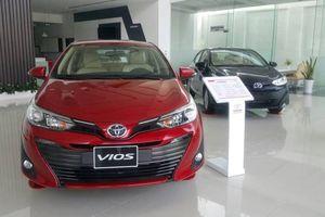 Loạt xe ăn khách của Toyota, Honda và Ford đua nhau giảm giá khủng