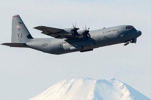 Mỹ dừng bay hơn 100 'lực sĩ' C-130 vì vết nứt bất thường