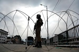 Ấn Độ tiếp tục phong tỏa Kashmir bất chấp lễ lớn của Hồi giáo