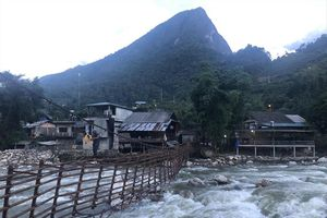 Mưa lũ, ngập lụt bất thường: Cần xem xét trách nhiệm của hệ thống thủy điện nhỏ