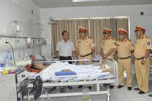 Phú Thọ: Bắt giam kẻ đâm CSGT vì không xin được xe vi phạm