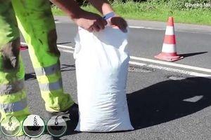 Công nghệ vá ổ gà bằng hỗn hợp nhựa dẻo ở Thụy Điển