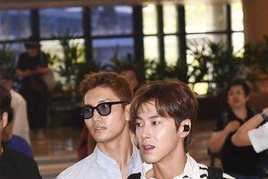 Yunho (DBSK) khiến Knet chửi thề, fanboy điên đảo sau khi xuất hiện tại sân bay