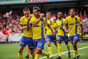 Vắng Công Phượng, Sint-Truidense có trận thắng đầu tiên