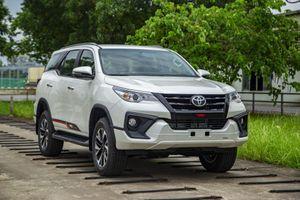 Ưu nhược điểm xe Toyota Fortuner cần biết trước khi mua
