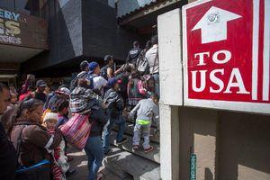 Người nghèo sẽ khó xin nhập quốc tịch Mỹ