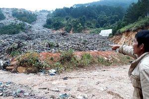 'Núi' rác thải 'băng xuống' nhiều diện tích sản xuất nông nghiệp