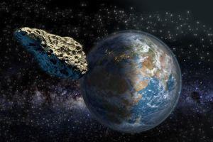 Tiểu hành tinh to ngang kim tự tháp Kheops tiến gần Trái đất