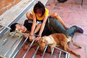 Thanh Hóa: Người dân xích cặp tình nhân trộm chó cùng tang vật