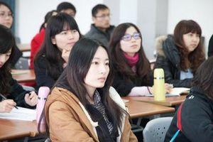 Lật tẩy chiêu bài giành suất học 'trường xịn' nước ngoài của giới nhà giàu Trung Quốc