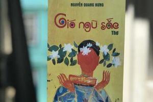 Mùa Vu Lan đọc 'Gió ngũ sắc' của Nguyễn Quang Hưng