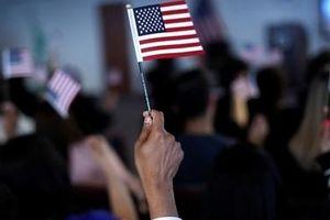 Chính quyền Mỹ ra quy tắc giảm hơn nửa số người nhập cư