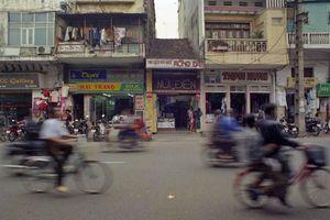 Thước phim về đường phố Hà Nội năm 1995 gây thương nhớ