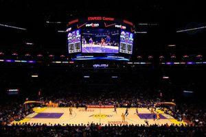 Los Angeles Lakers và Golden State Warriors thống lĩnh đài truyền hình quốc gia Mỹ