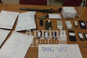 Giám đốc Công an Hà Nội khen chiến công phá đường dây mua bán ma túy, thu 2 khẩu súng