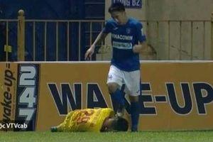 Cầu thủ Than Quảng Ninh nhận án phạt nặng với hành vi chơi xấu tại vòng 20 V-League 2019