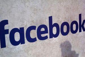 Facebook thuê người nghe lén hội thoại người dùng?