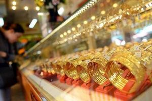 Giá vàng hôm nay 14/8: Vàng 9999, vàng SJC tăng mạnh không tưởng trong ngày nắng nóng cao điểm