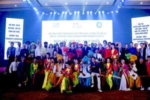 Liên hoan hữu nghị nhân dân Việt Nam - Ấn Độ: cơ hội tìm hiểu, giao lưu văn hóa hai nước
