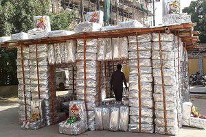Dự án đầy tham vọng với những ngôi nhà làm từ rác thải ở Pakistan