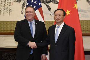 Nhà ngoại giao Trung Quốc bất ngờ đến Mỹ trong căng thẳng