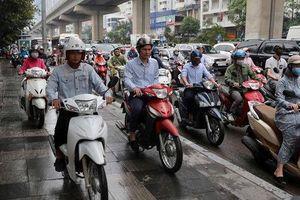 Một Đại biểu Quốc hội đề xuất cán bộ đi xe máy, xe đạp, xe bus đi làm