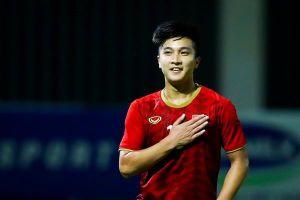Martin Lo rực sáng nhờ quyết định lạ của HLV Park Hang-seo