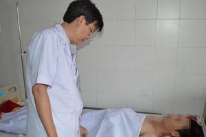 Cần Thơ: Cứu sống bệnh nhân bị dao đâm xuyên tủy trong đêm
