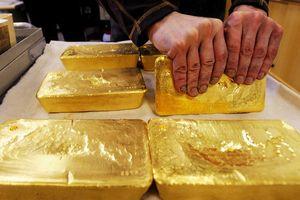 Giá vàng tăng mạnh lên mức cao nhất từ năm 2013