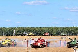 Đội xe tăng Việt Nam đạt giải Nhì chung kết đua Tank Biathlon 2019 tại Nga