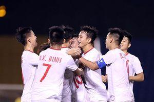HLV Hoàng Anh Tuấn không coi trọng thành tích: U18 VN cần gì Thái Lan 'cứu'!