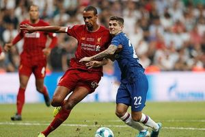 Thắng luân lưu cân não, Liverpool vô địch Siêu cúp châu Âu trước Chelsea