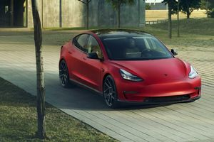 'Chán' siêu xe, Novitec quay ra độ xe điện - Tesla Model 3