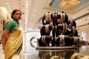 Lo ngại về suy thoái kinh tế, giá vàng thế giới tăng hơn 1%