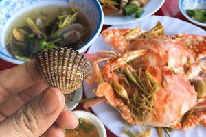 Ghé đầm Ô Loan ở tỉnh nào để thưởng thức hải sản tươi sống?
