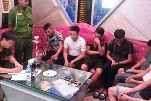 7 thanh niên vào quán karaoke thuê phòng để 'phê' ma túy
