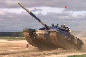 Nguyên nhân xe tăng Việt Nam bắn trượt 9 phát pháo trận chung kết