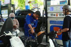 Giá xăng 'dắt tay nhau' giảm từ 15h chiều nay