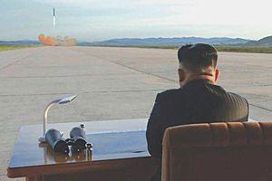 Ngầm ý của Kim Jong Un khi liên tục phóng tên lửa