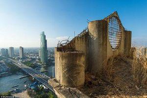 Lạnh gáy với 'Tòa tháp ma' chọc trời giữa lòng Bangkok