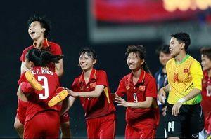 Trả hận cho HLV Hoàng Anh Tuấn, ĐT nữ Việt Nam thắng 10 bàn trước Campuchia