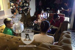 Treo thông báo 'cấm', Analog Coffe – Lounge lại công khai bán 'bóng cười' cho cả học sinh