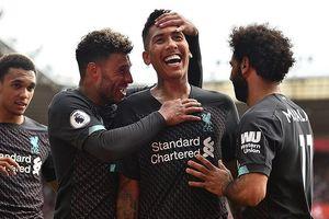 Adrian suýt hóa tội đồ, Liverpool nhọc nhằn 'vượt ải' Southampton