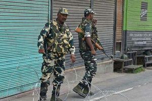 Ấn Độ, Pakistan đấu súng dữ dội qua biên giới